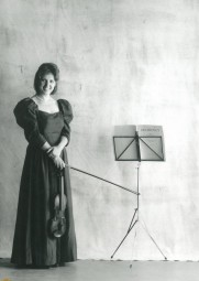 Elizabeth-Layton-7