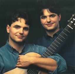 Katona-Twins-4