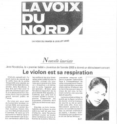 Review,-2003,-La-Voix-du-Nord-2